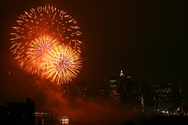 shooting-fireworks-city-skyline