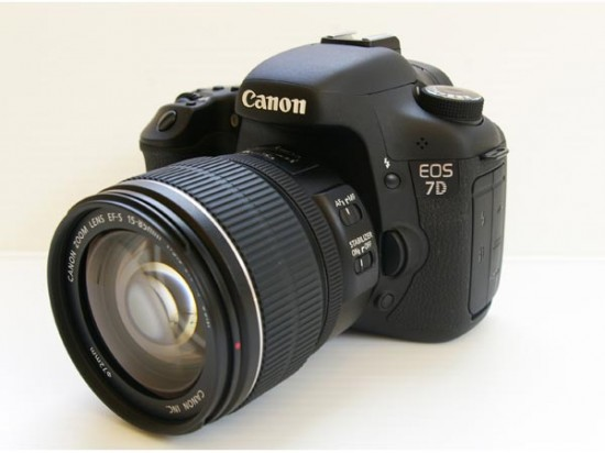 Canon 7D with 15-85mm IS USM lens - image from gadget crave