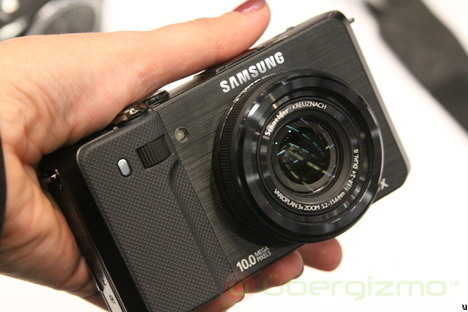 Samsung TL-500 is the best advanced compact in 2010 - image by uber gizmo