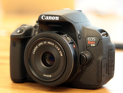 canon-eos-t4i-40mm-f28
